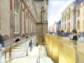 Grand escalier de pierre, à l'air libre, longeant la façade de la Vieille Aile, reliant le volume souterrain à la cour des Princes